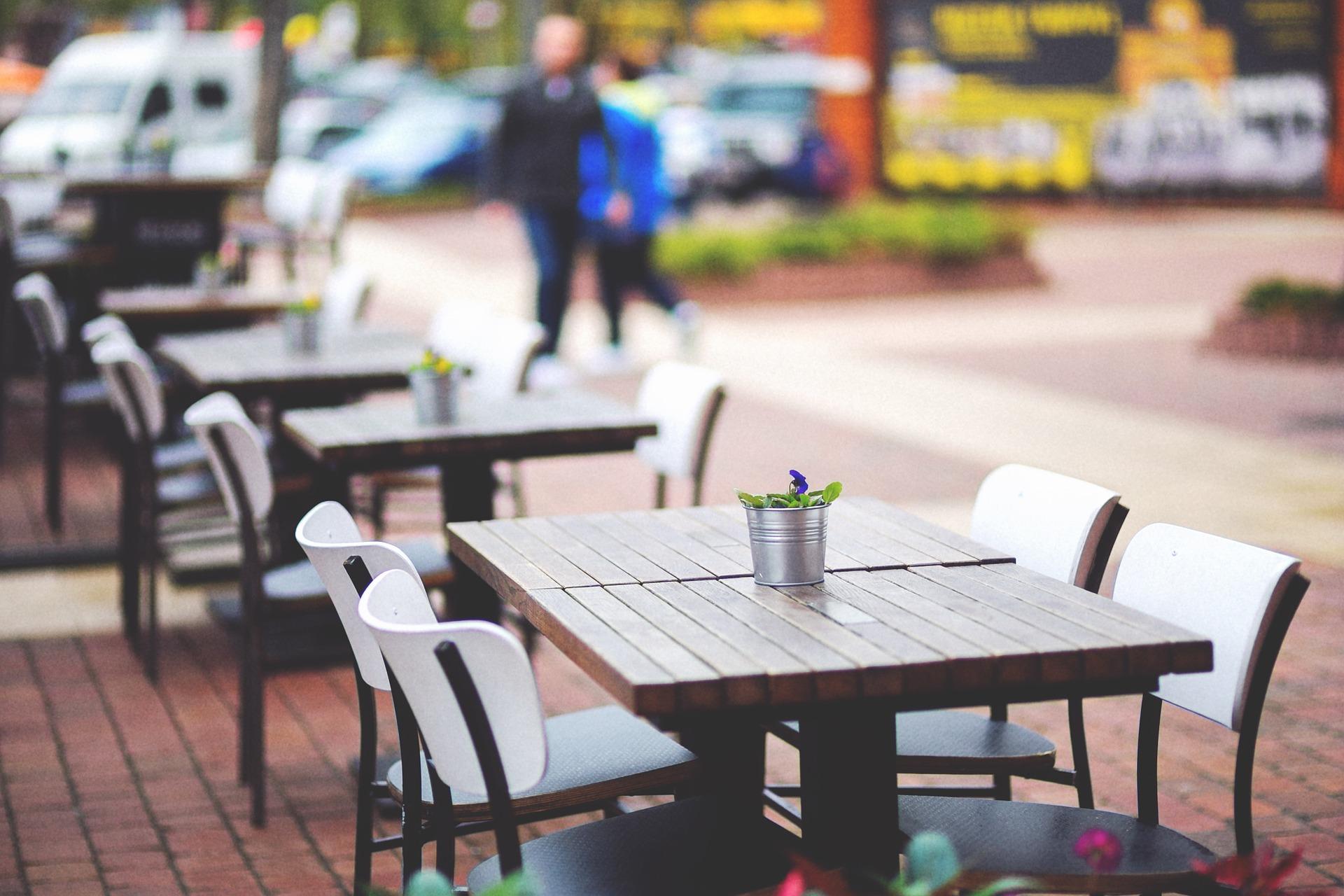 restaurant-patio